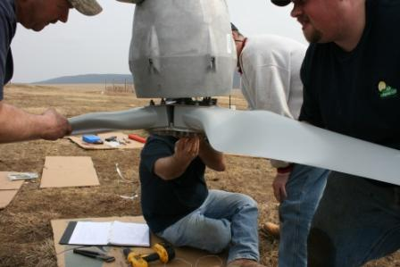 Attaching the blades to the Skystream...